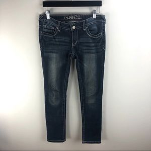 Rue21 Low Rise Skinny Jeans Size 3/4 Short